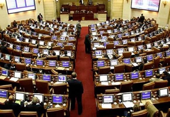 El Congreso no es escenario para la democracia