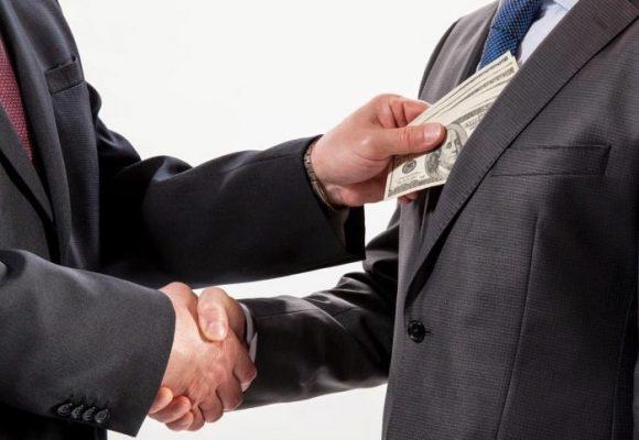 ¿Es la corrupción un delito contra la humanidad?
