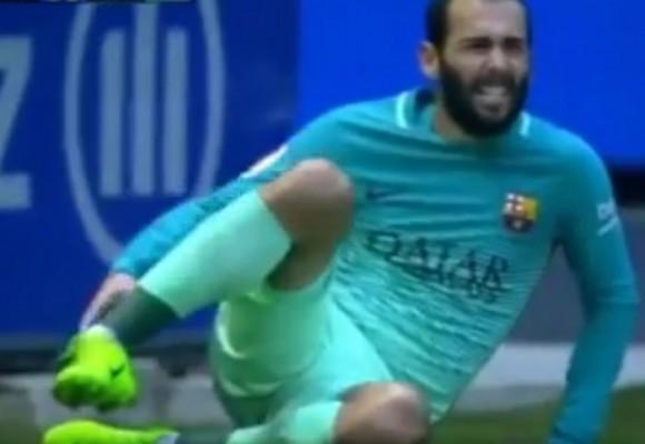 VIDEO: La terrible fractura que sufrió un jugador del Barcelona