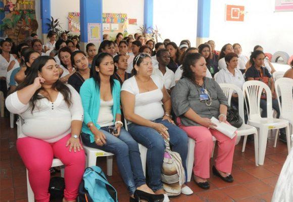 Las madres comunitarias y su apoyo en la construcción de país
