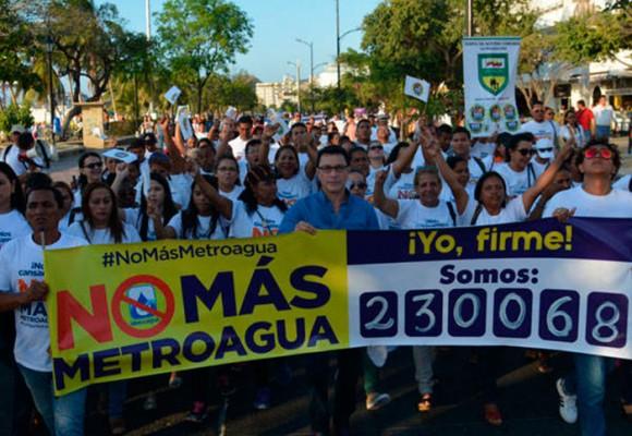 El garrotazo de los samarios a los españoles de Metroagua