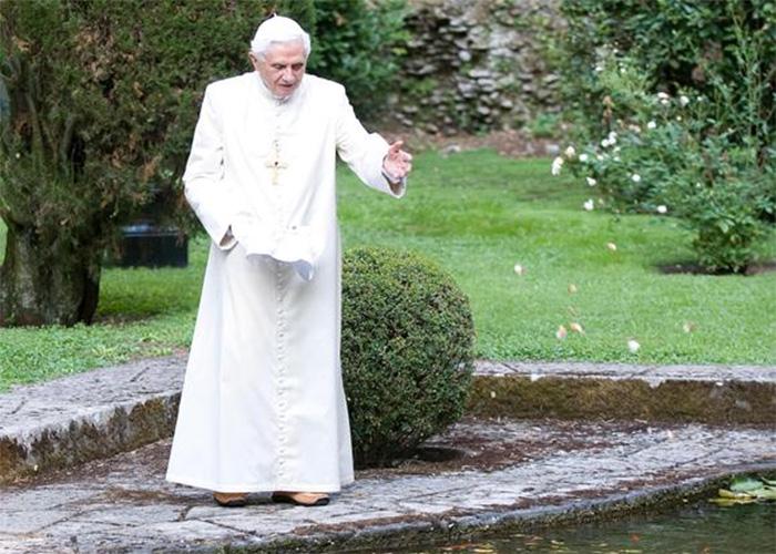El retiro de Joseph Ratzinger ¿Castigo eclesial o voluntario?