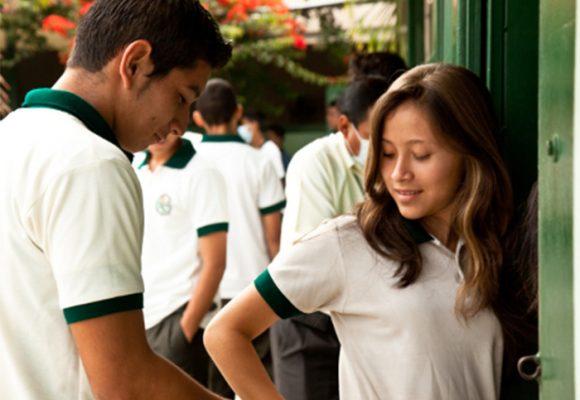 Factores que tienen en crisis a la educación en Colombia