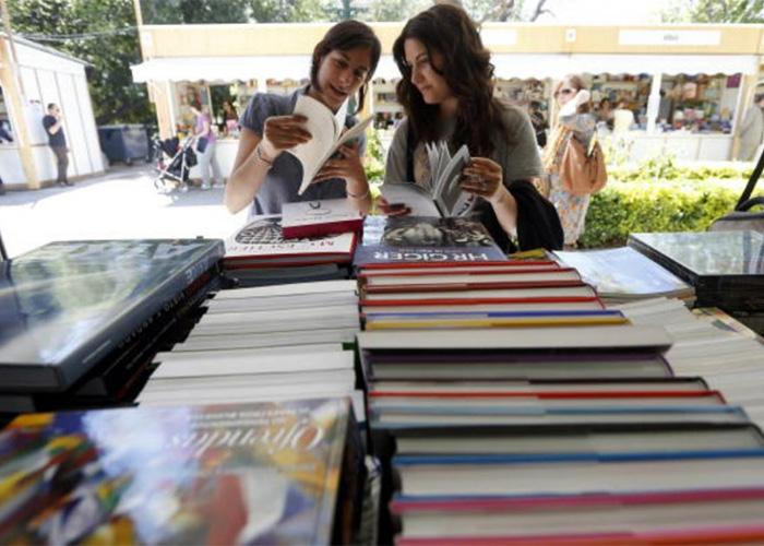 ¡Bogotá ofrece becas en literatura!