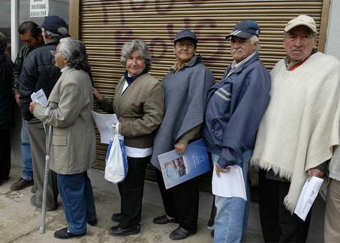 De una vejez pensionada a una vejez subsidiada