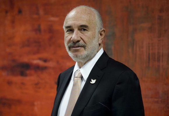 El mal rato de Alberto Furmansky, el embajador de Colombia en España