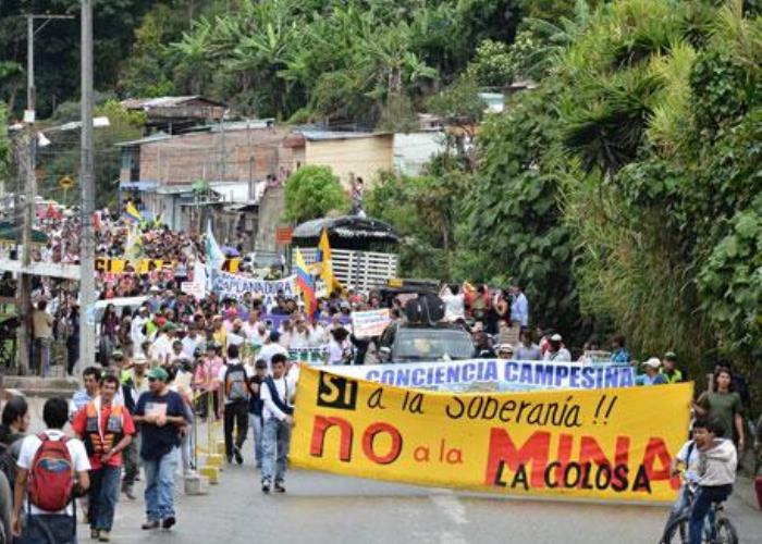 Amenazas de muerte contra periodistas de la Revista El Salmón y líderes ambientales del Tolima