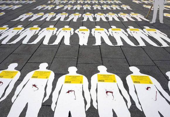 Lideres sociales: matándolos en paz