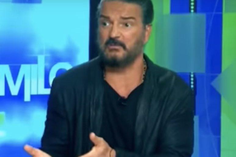 La entrevista de CNN que enfureció a Ricardo Arjona por un artículo de Las2orillas
