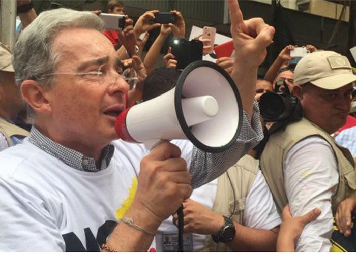 Álvaro Uribe, un saboteador profesional