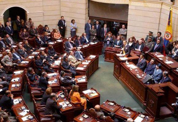 La enorme barrera que deja la reforma política para alejarnos de la renovación