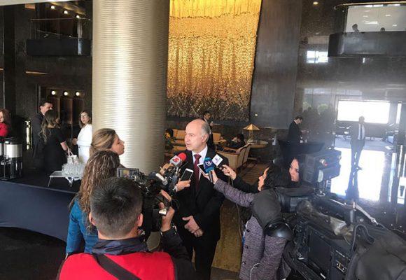 Prueba de fuego para el ministro Enrique Gil de cara a la OCDE y ante los juristas