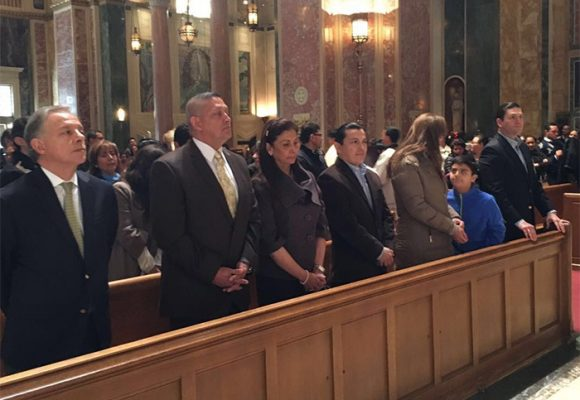 El general Asprilla, involucrado en falsos positivos presidió homenaje a las víctimas en Washington