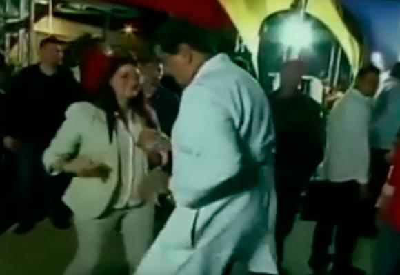Un baile ofensivo