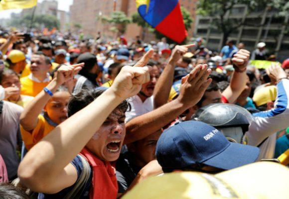 Se descose Maduro