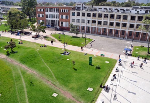 Es culpa del gobierno que la Universidad Nacional se esté cayendo a pedazos