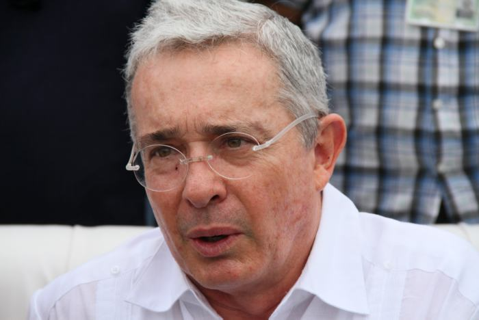 Empezó la decadencia de Álvaro Uribe Vélez