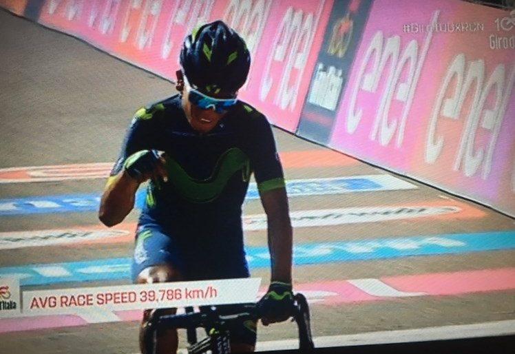 """""""Acá estoy, nadie puede conmigo"""" Nairo, el indiecito malgeniado que está cerca de ganar su segundo Giro"""