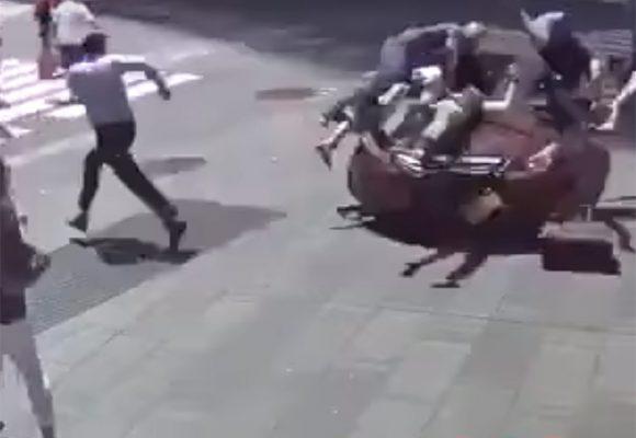 En video: así atropelló un hombre a decenas de transeuntes en Times Square, Nueva York