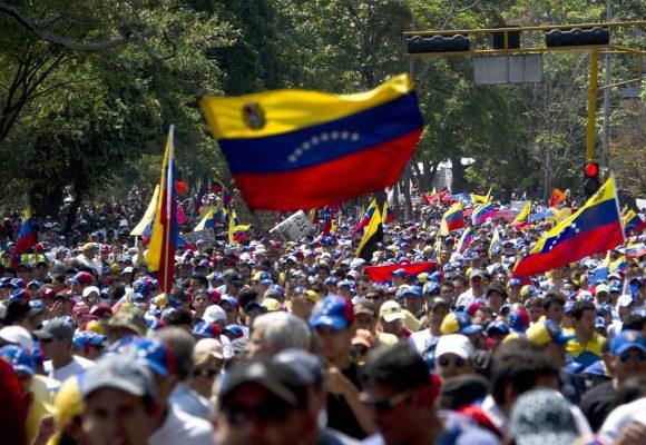Impedir la guerra fratricida en Venezuela