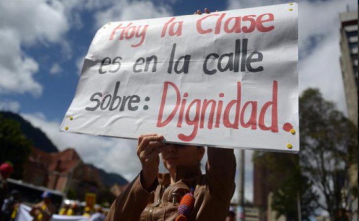 ¿Será que subiéndole el salario a los docentes si mejora la educación?