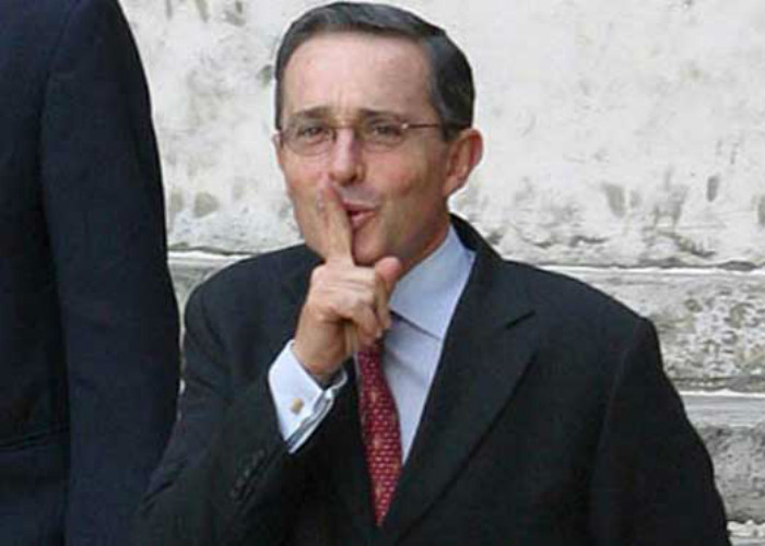 El video que desmiente a Uribe y demuestra que sí atacó la jubilación de las mujeres