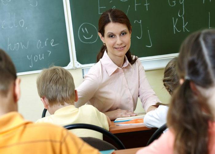 Feliz día, maestros: el futuro siempre cuelga de sus manos