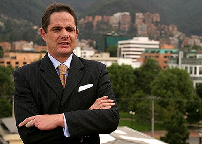 Quince mil razones para no votar por Vargas Lleras