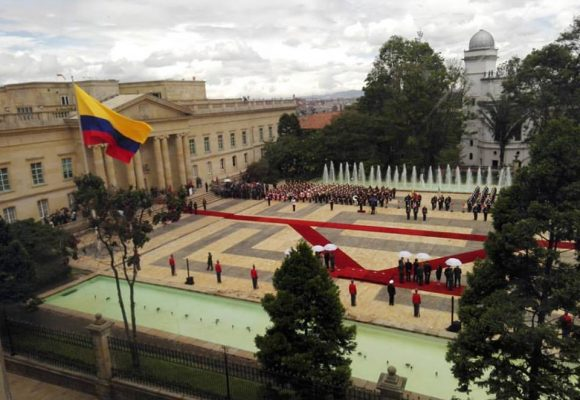 Colombia no aguanta más corrupción y partidocracia