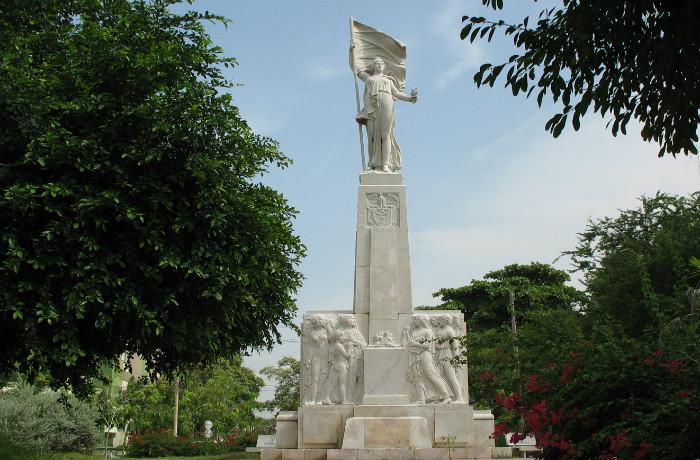 De ciudades y monumentos