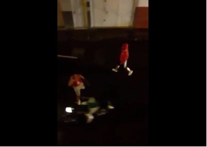 VIDEO: Hincha del América se desquita por la eliminación apuñaleando a uno del Cali