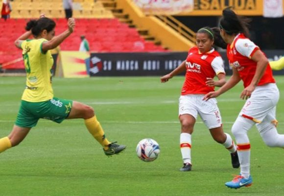 La liga profesional de fútbol femenino: un acierto de la Dimayor