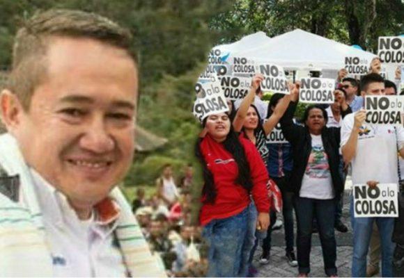 Alcalde incompetente y gobierno alcahueta