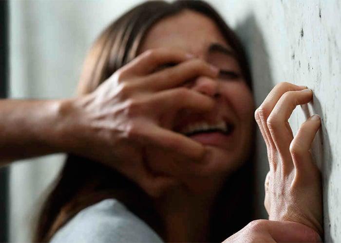 Vuelve y juega la doble moral: condena sí, pero para todos los violadores