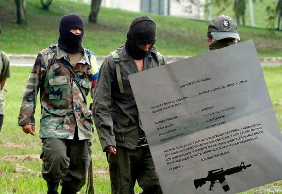 En España los paramilitares están amenazando a los exiliados