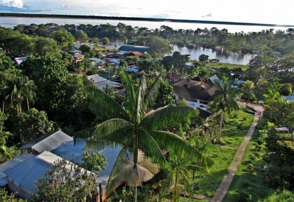 Puerto Nariño (Amazonas): el eterno retorno a la infancia