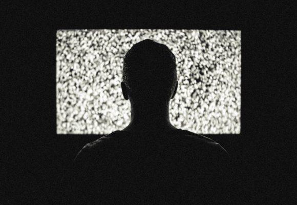 ¿Controlan tu mente los medios de comunicación?