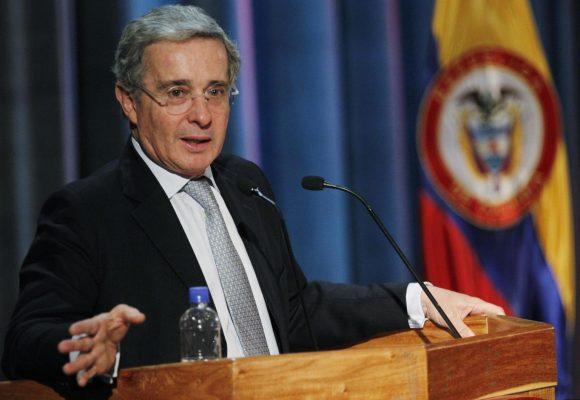 ¡El problema es Uribe, no los uribistas!