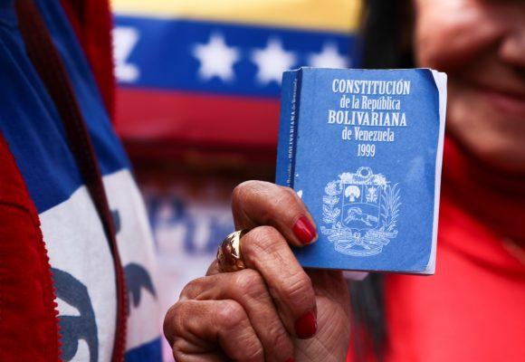 Constituyente comunal bolivariana en la hora de las decisiones