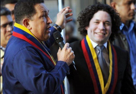 Gustavo Dudamel le da la espalda a Maduro