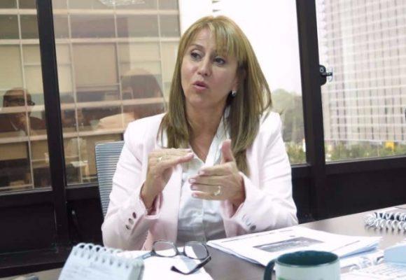 Señora ministra de Trabajo, ¿y la agenda laboral para la paz, cuándo?