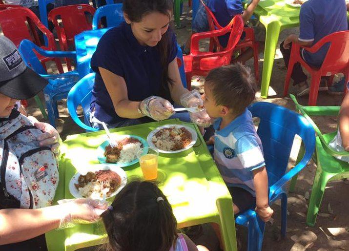 No todos los colombianos son xenófobos, algunos también ayudan a los venezolanos