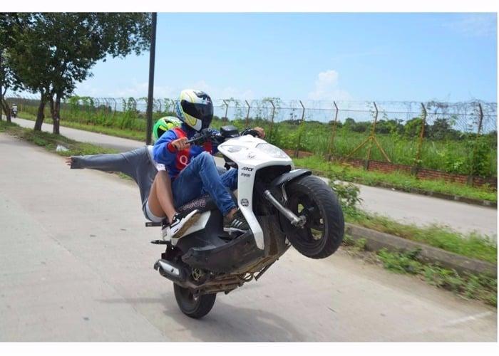 """Pikar motos"", la polémica moda que se tomó a Arauca"