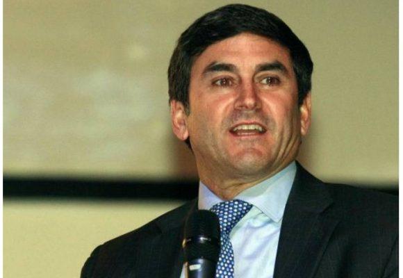 Jairo Clopatofsky, otro candidato que entra a la contienda electoral por firmas
