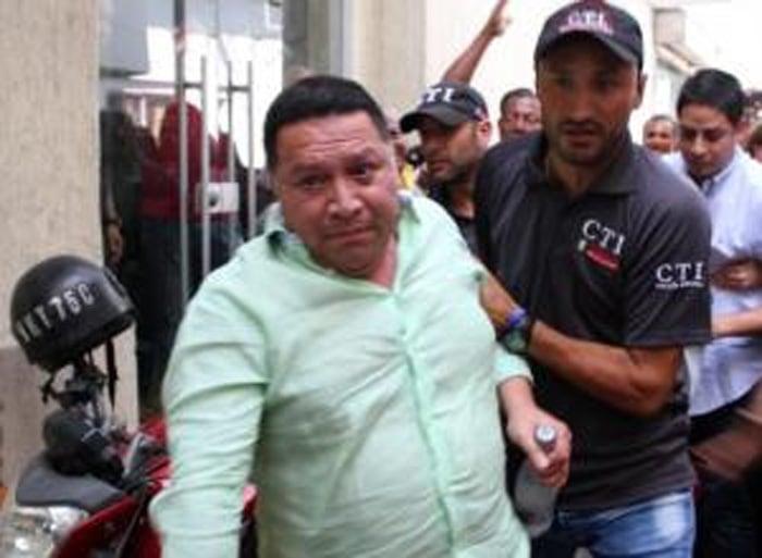 Fiscal y procurador: gracias por la captura de Manolo Duque, ¿para cuándo la de Dionisio Vélez?