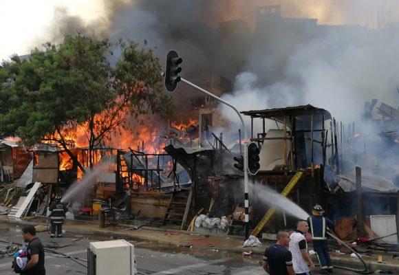 Se quema el barrio Moravia en Medellín