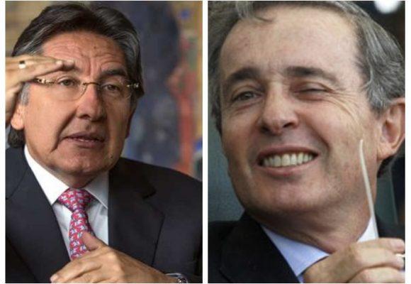 """Álvaro Uribe es un verdadero patriota"": Néstor Humberto Martínez"