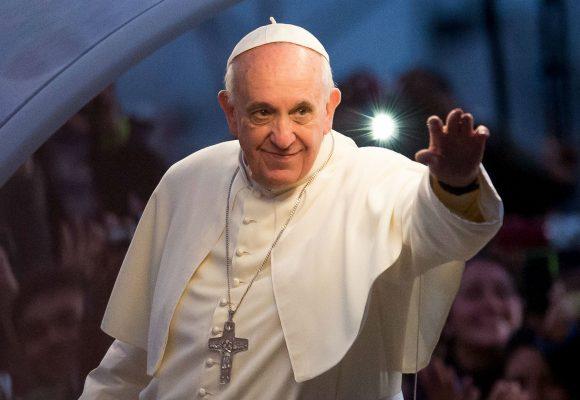 Papa Francisco, salve usted la patria