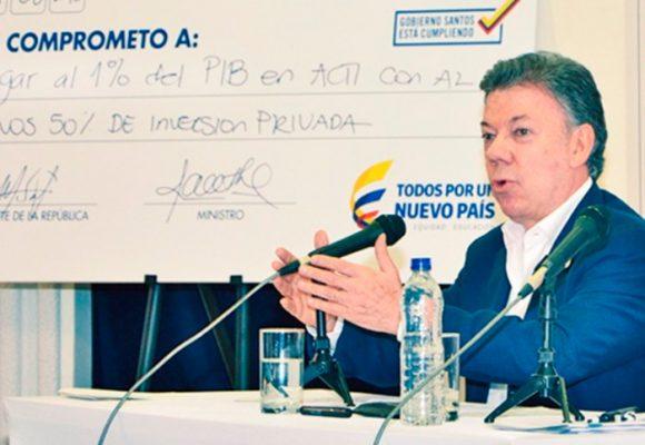 Plantón contra Santos por el recorte a la Ciencia y la tecnología