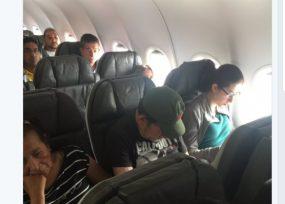 Esposa del senador Ramos del Centro Democrático, se quiso bajar de avión porque iba un